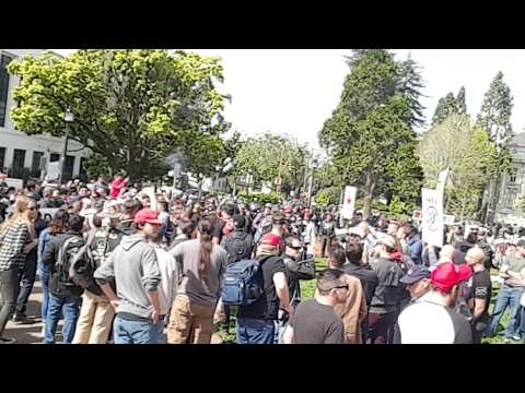LIVE AT BERKELEY ANTIFA V ALT RIGHT EVENT