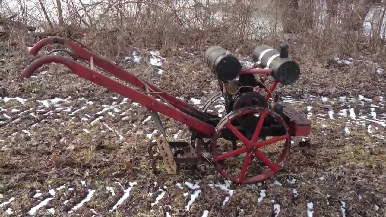 Vintage Garden Tractor Plow : Merry garden auto cultivator antique tractor youtube