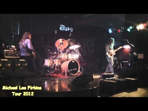 Atma Anur - Michael Lee Firkins Europe 2012 @Paradox (sound check 2)
