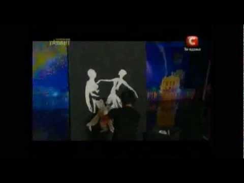 Украина мае талант 4 Денис скоростное рисование.mov