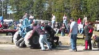 2009 sandown nh tractor pull super mods.