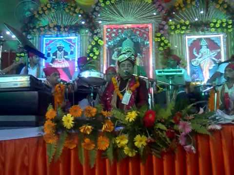 Maiya Kon Kare Teri Rees By Mh.sh. Harbans Lal Bansi Ji At Jhnadewala Mandir .. video