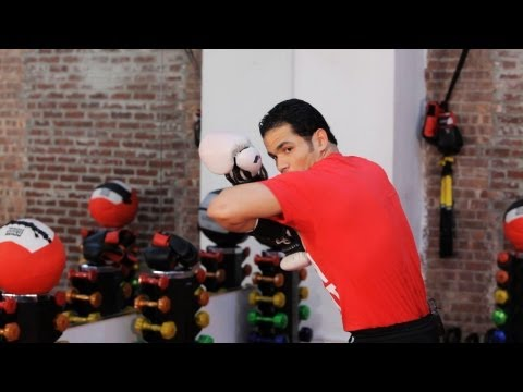 How to Do a Kickboxing Elbow Strike | Kickboxing Training Image 1