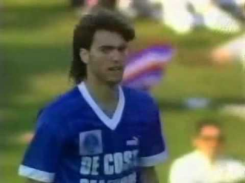 http://www.sydneyolympicfc.com/ Northern Division Final featuring Sydney Olympic vs. St. George in 1986 at Parramatta Stadium. Australian National Soccer Lea...