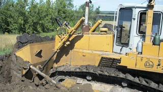 Russian dozer tractor T-20.00YA in action