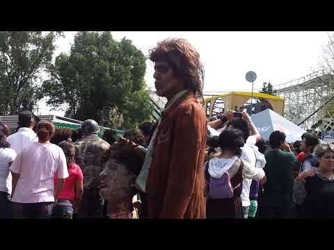 Invasion Zombie Feria de Chapultepec HD