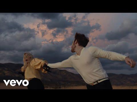 Download Lagu Ashe & FINNEAS - Till Forever Falls Apart ( Video).mp3