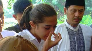 Download Lagu Kakak Ashanty Meninggal , Millendaru Turun Ke Liang Lahat | Selebrita Pagi Gratis STAFABAND