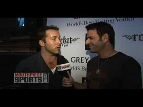 Entourage Actor Jeremy Piven on Walter Payton Video