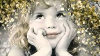 Watch Alvaro Torres Chiquita Mia video