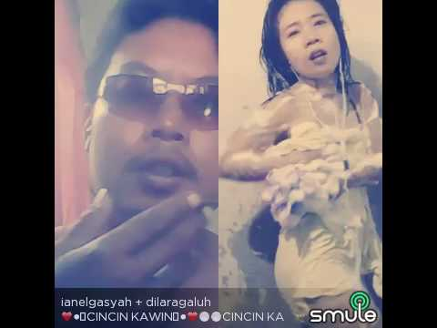 NEW SMULE HOTS !! GOYANG BUSA-BUSA feat COWOK BUGIL