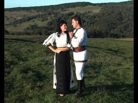 Adina Rosca si Robert Tarnaveanu - Desfa mandra si dezleaga