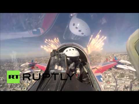 Russia: Dramatic flyover marks one of the high points of Victory Day in Moscow
