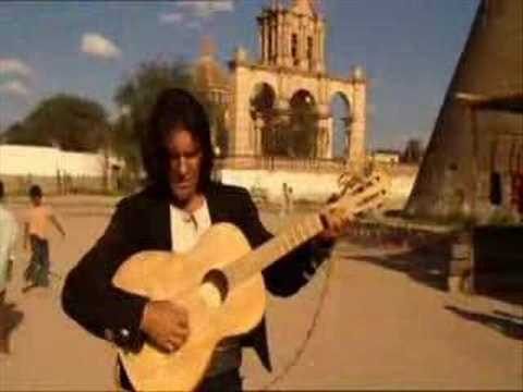 La cancion del mariachi - Antonio Banderas Music Videos