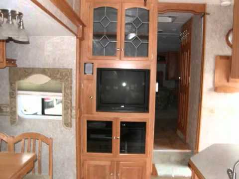 5th Wheel:  2006 Sunnybrook 31BW Fifth Wheel RV!