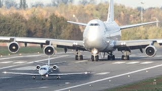 BOEING 747 vs. CESSNA Citation - GET OUT OF MY WAY (4K)