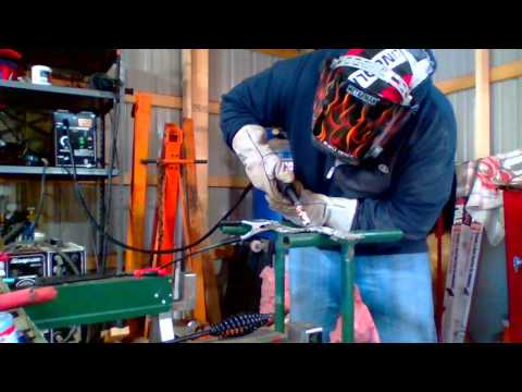 Harbor Freight 90 amp FluxCore Mig Welder Review
