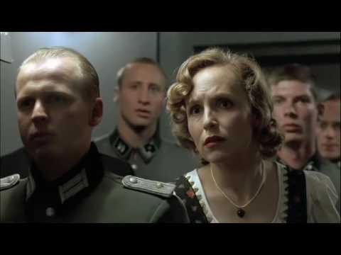 """Er ist wieder da - """"Der Untergang""""-Szene (Vergleich) [HD]"""