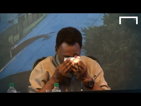 Pele cries during press conference