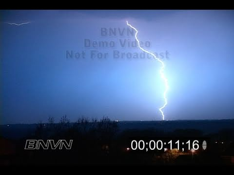 4/18/2005 Lightning Video. Lightning footage at night. Part 2 of 2