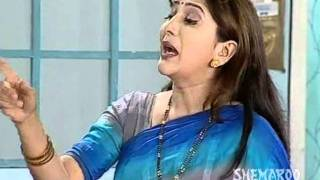 Fight Between Ashok Saraf And Nivedita Joshi - Hasat Khelat - Marathi Stage Play