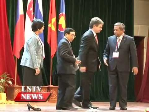 Lao NEWS on LNTV:The official handover of the Asean Education Report 2013.12/9/2014