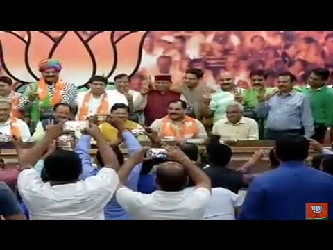 9 Ex MLAs of Uttarakhand, including former CM Vijay Bahuguna, joins BJP.
