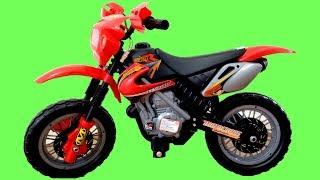 Huge Red Motorbike Ride On Walkaround and Playtime   Kids Power Wheels Toy