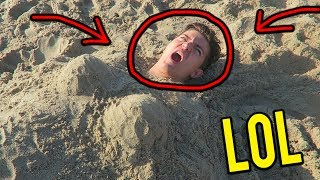 BURYING PRESTON IN THE SAND! (Vidcon Vlog #3)