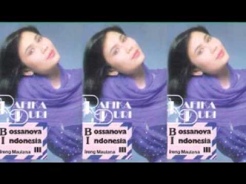 Dalam Kerinduan - Rafika Duri & Ireng Maulana Orcestra video