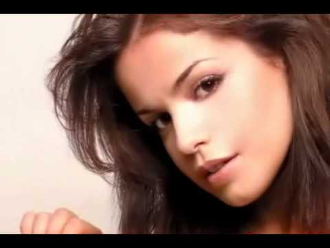 Marta Torne ~ FHM Septiembre 2004