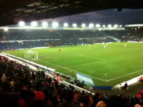 Saints fans sing Rickie Lambert song away at Leeds Utd