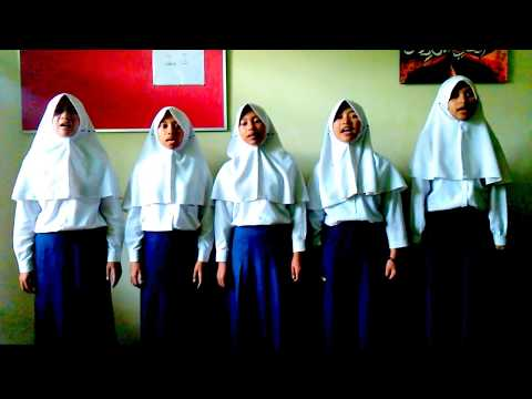 Loser Big Bang Cover by Lala Sweet 9B MTsN Batu