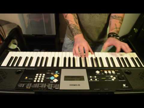 Playing Acoustic/Classical Guitar Riff On A Yamaha Keyboard - Part 1 - ORIGINAL COMPOSITION.