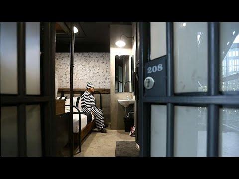 زندان را با اقامت در هتلی در تایلند تجربه کنید