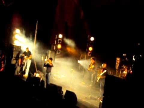 KK Live in Concert Auck NZ - Ladka yeh kehta hai (2 lines) &...