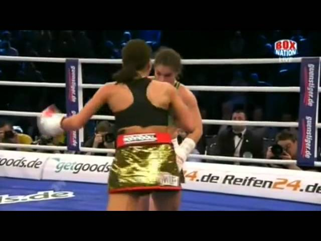 Melissa McMorrow vs Nadia Raoui - Full Fight (23.03.2013)