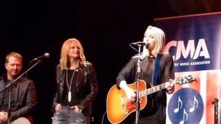 34 Heart Like Mine 34 Miranda Lambert And Ashley Monroe At Cma Songwriters London