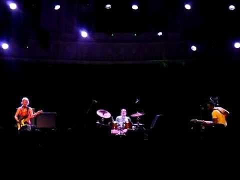 THROWING MUSES - LIVE @ PARADISO - AMSTERDAM (NL)-24.10.2011-PART 3