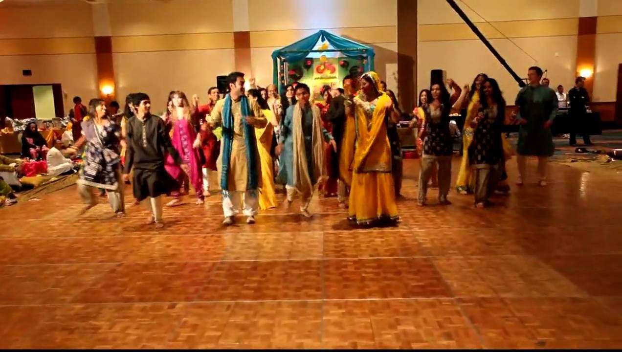 The Best Mehndi Dance EVER
