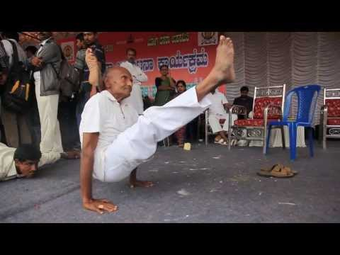Indian Yoga Performed By 80 Year Old Of Ashtanga Asanas video