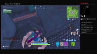 New gun in fortnite and new skins