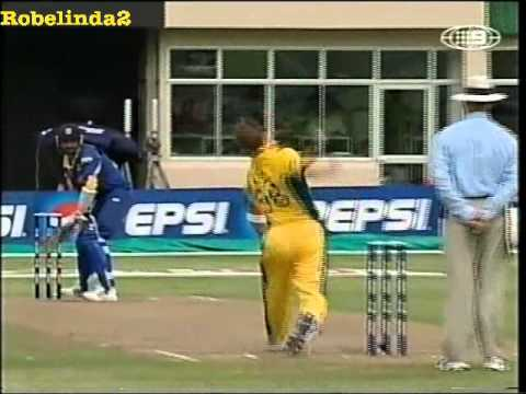 Brett Lee 160.1 Yorker Best Ball Ever To Marvan Atapattu - Retires From International Cricket video