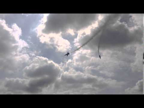 2015 QC Air Show - Blue Angel jets overhead pass