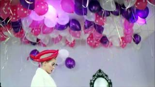 Katy Perry Video - Katy Perry Concert Candy FUNNY MOMENTS [HD]