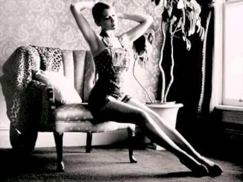 Joanna Newsom - Be A Woman