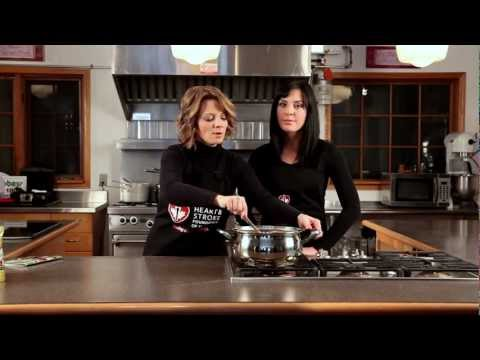 Chicken and White Bean Chili - Heart and Stroke Quick and Healthy Recipes 2012