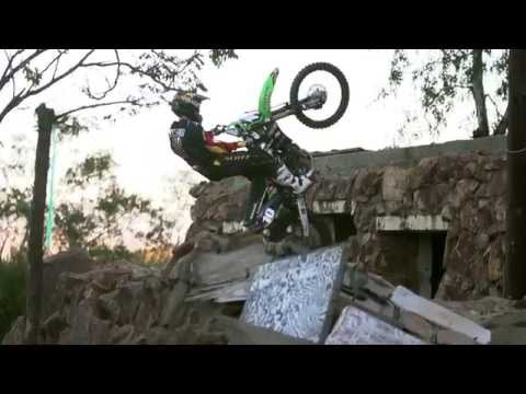 Lucas Oil - Motorcycle Products - Wall Climb