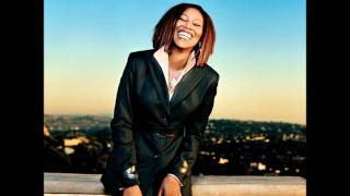 Watch Yolanda Adams Be Blessed video