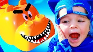 PJ Masks HUNGRY HUNGRY HIPPO TROUBLE! Destroys Catboy Store with Gekko Episode